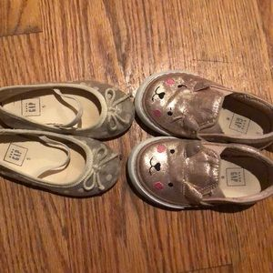 2 pairs GAP shoes